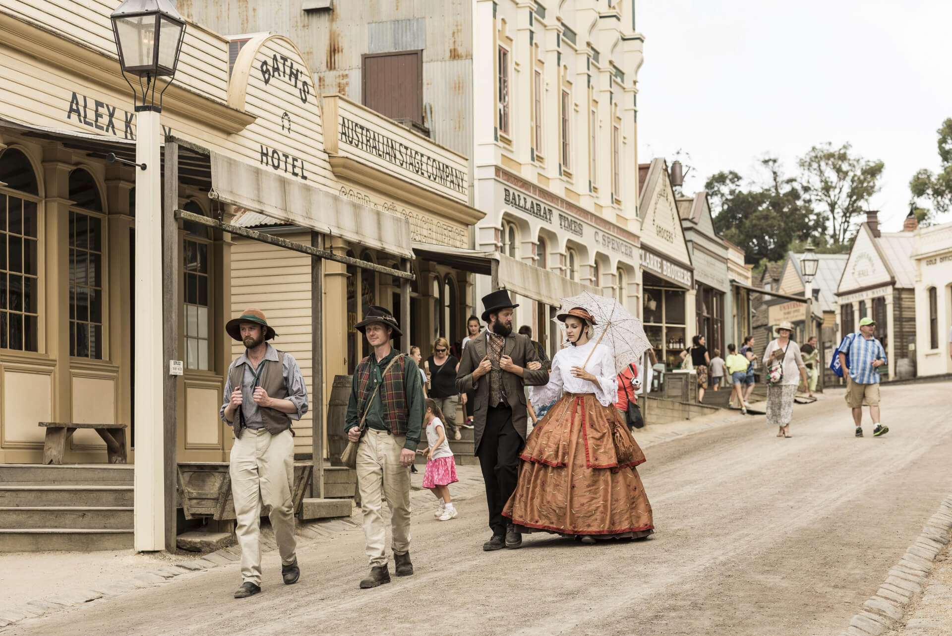 Melbourne Private Tours Sovereign Hill dressed up min