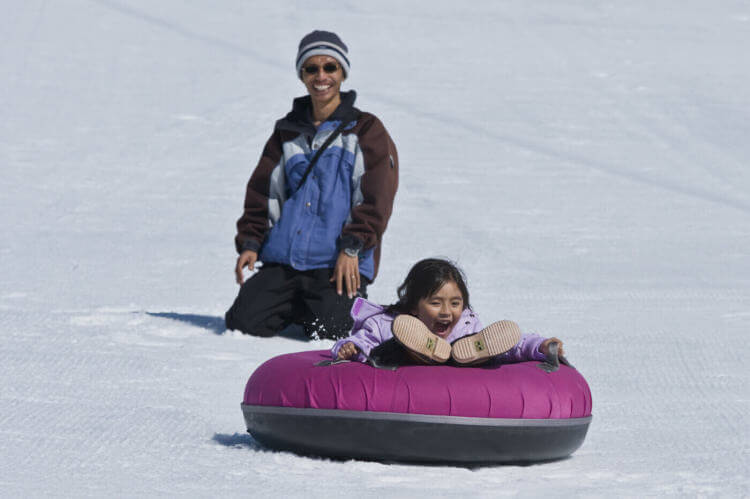 Melbourne Private Tours Lake Mountains day tour Tobogganing